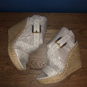 Brand NEW Michael Kors espadrilles, MK design grey